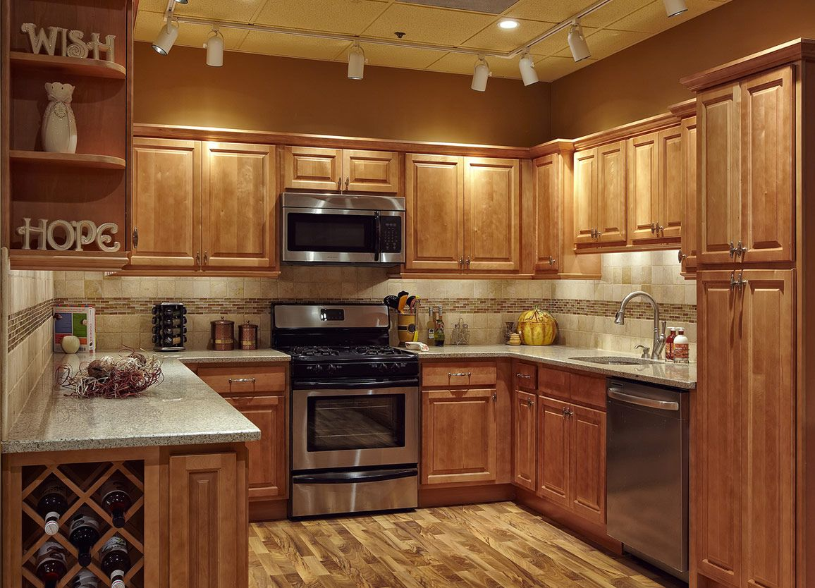   Maple - Kitchen Cabinets - .countrertops and cabinets ... on Kitchen Backsplash Ideas With Maple Cabinets  id=83567