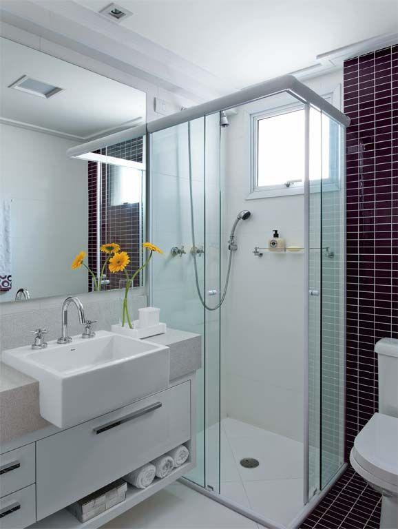 30 fotos de decoração de banheiros com pastilhas  Banheiros, Parecidas e Cub # Reformar Banheiro Pequeno Quanto Custa