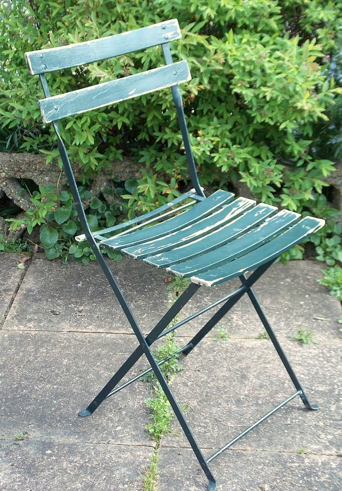 Vintage Folding Iron Patio Bandstand Chair With Wooden