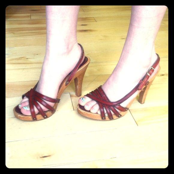 Vintage Bare Traps   Bare traps shoes