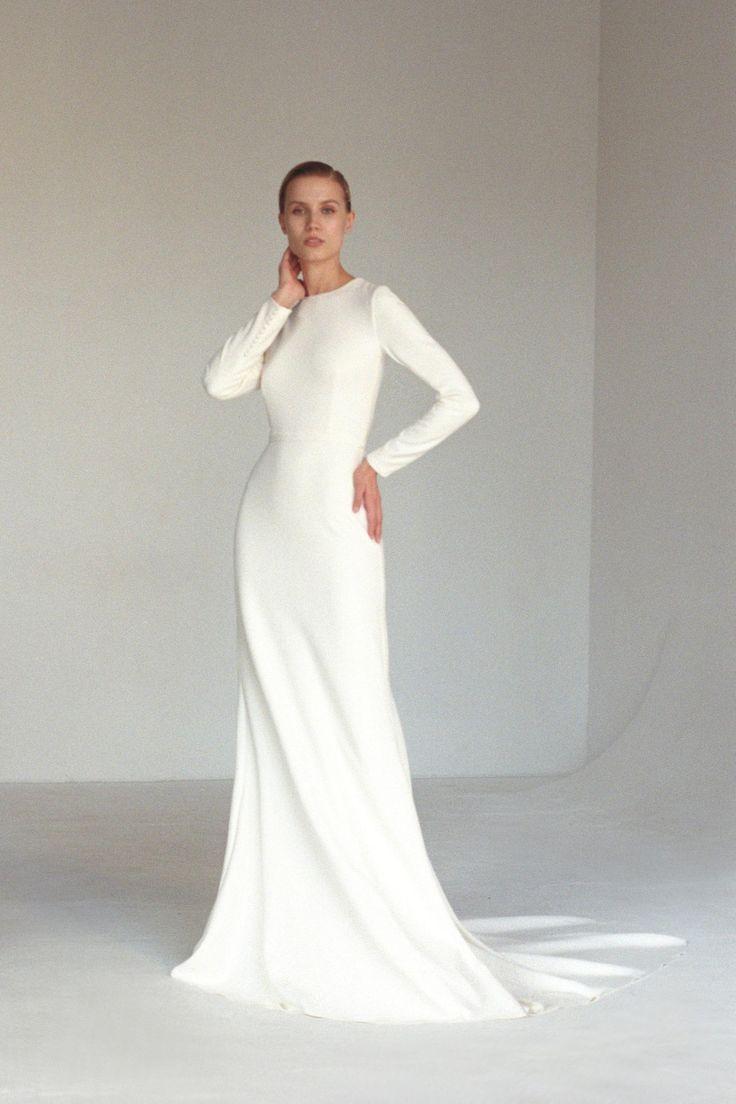 Long sleeve classic minimalist wedding dress Modest covered fit&flare crepe wedding dress Modern gow