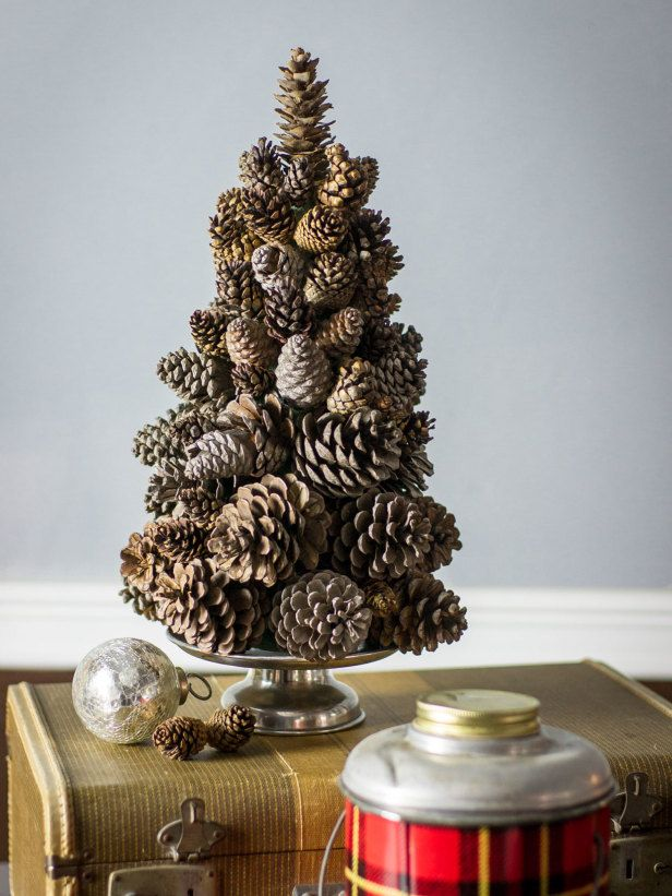 how to make a pine cone christmas tree http