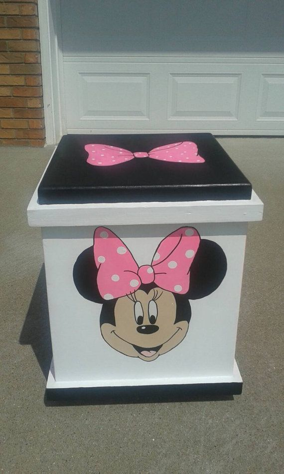 minnie mouse inspir bote de rangement par with meuble rangement minnie. Black Bedroom Furniture Sets. Home Design Ideas