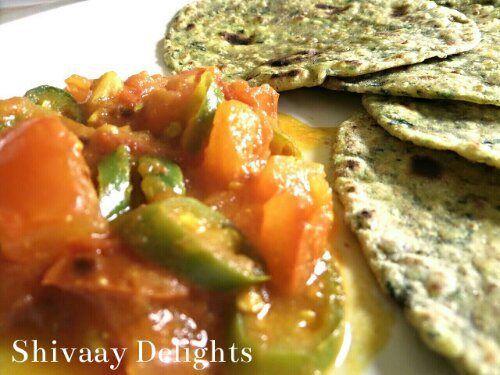 Potato & Spinach Theplas & A Chilli Tomato Chutney
