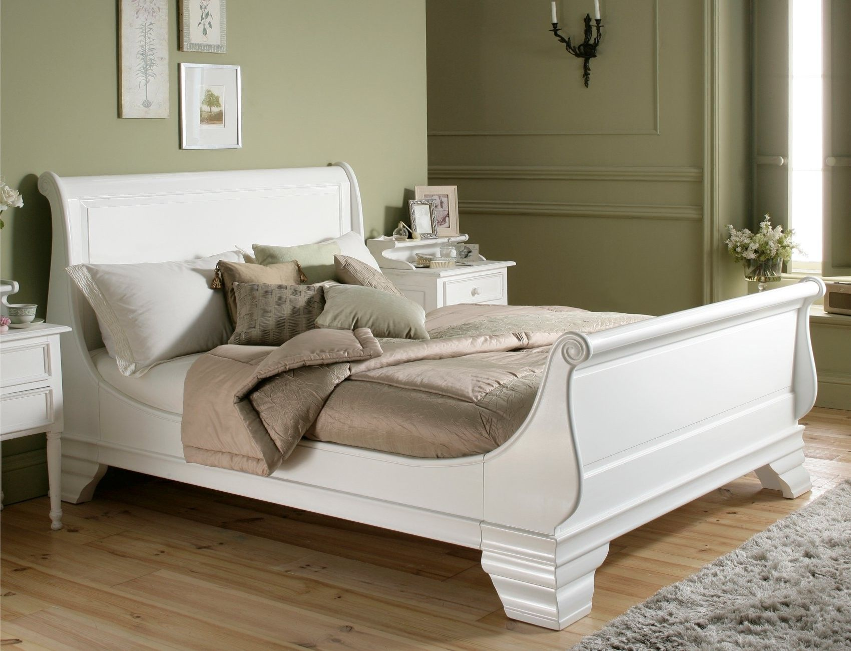 Bordeaux French Style White Wooden Sleigh Bed White Wooden Bed