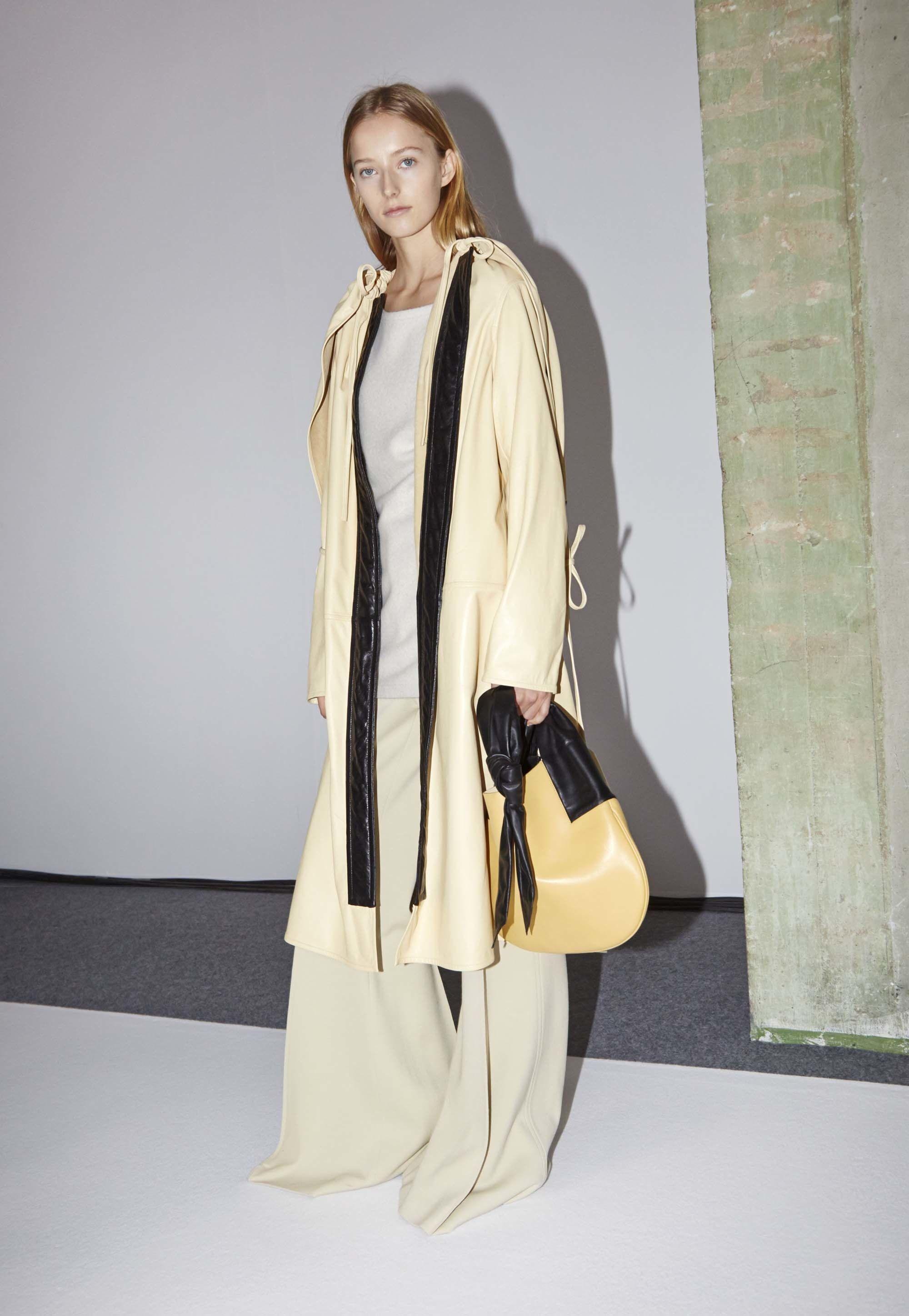 Céline Fall 2016 Ready-to-Wear Fashion Show Beauty