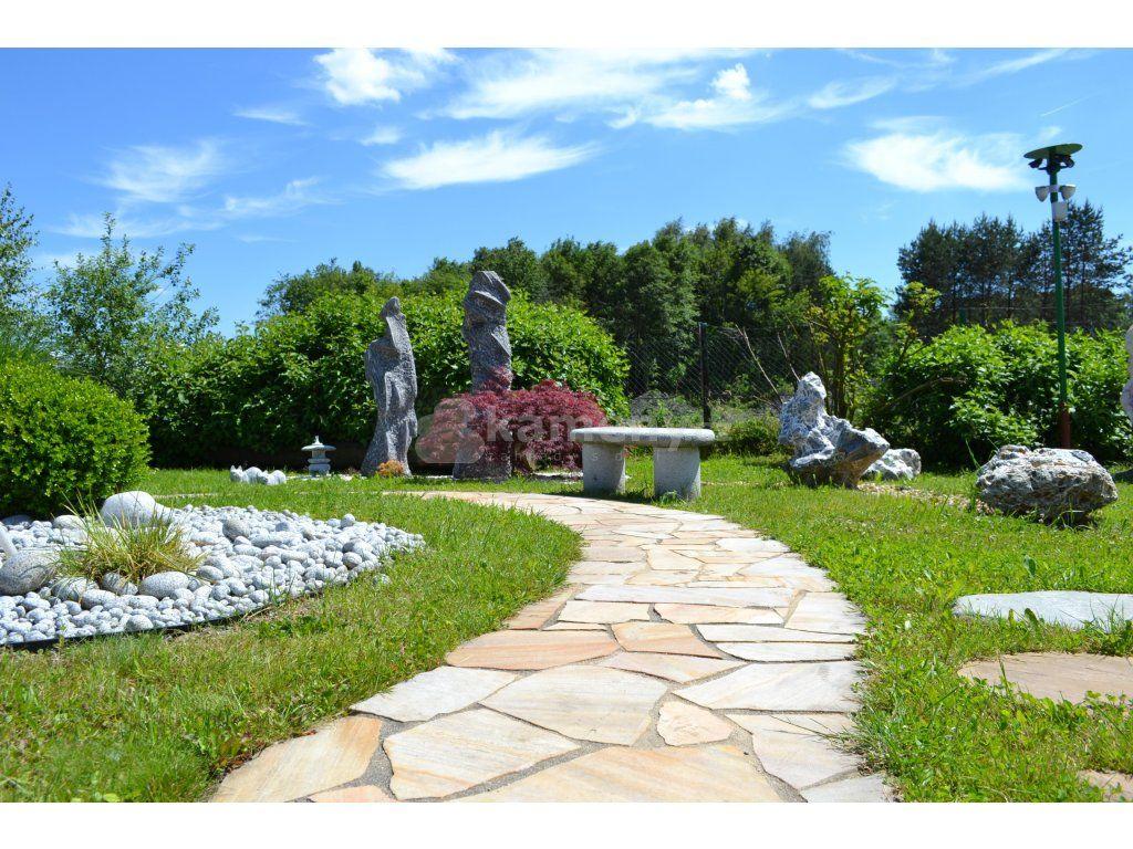 Kora Helios je obkladový kámen i pochozí venkovní dlažba z přírodního kamene…