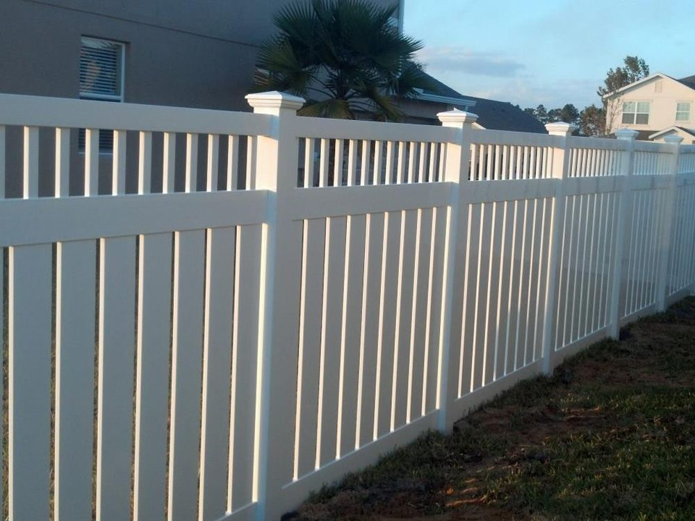White Vinyl Semi Privacy Fence With Spindle Top Accent Backyard
