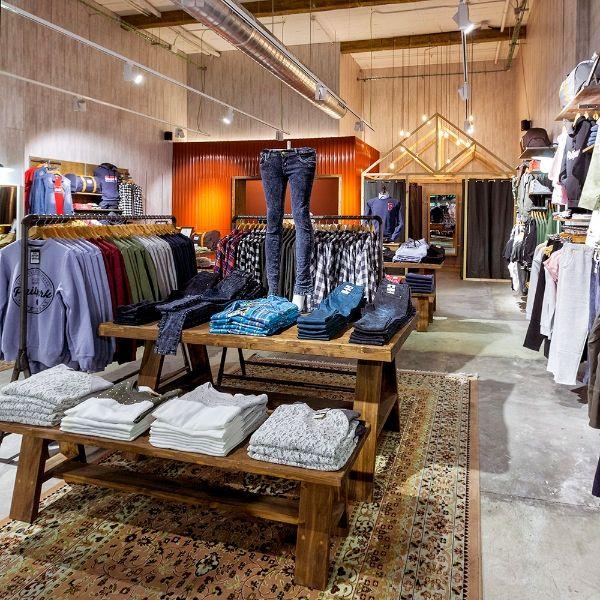 Philpark badalona ppt interiorismo barcelona reformas interiorismo dise o interiors shops - Interiorismo barcelona ...