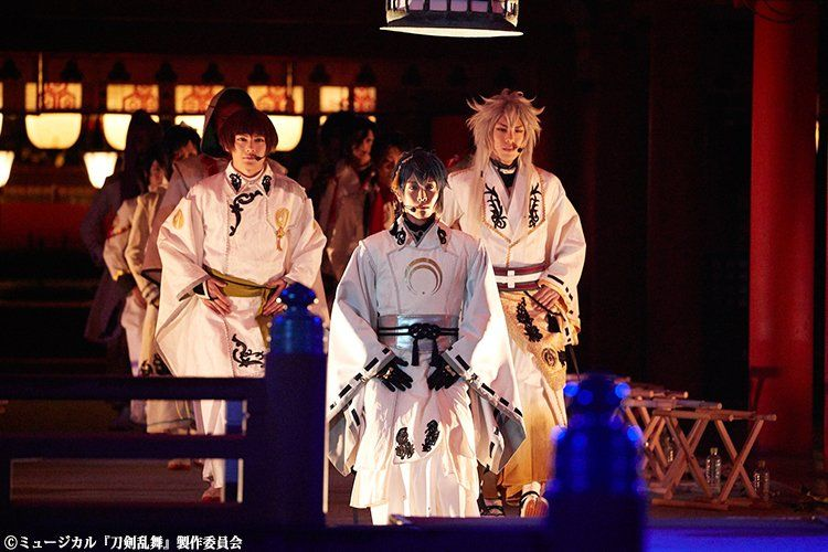【PASH!+】「ミュージカル『刀剣乱舞』 in 嚴島神社」特別公演レポートが到着 http://buff.ly/2g6QVqx  … 写真集の発売も決定!