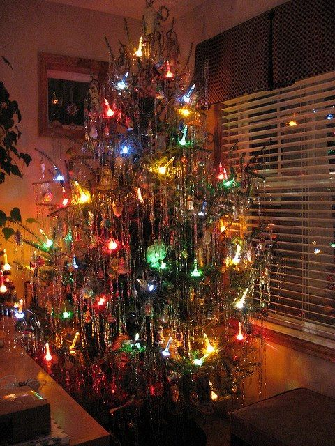 Bubble light tree with tinsel...just like my Grandparents tree on a table  in front of the windows of their house in Newark! Warm memories...<3 - Bubble Light Tree With Tinsel...just Like My Grandparents Tree On A