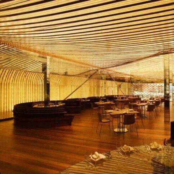 Restaurante Teeq, em Kuala Lumpur, Malaysia. Projeto do escritório Design Spirits Co. #restaurant #restaurante #sentidos #sense #artes #arts #art #arte #decor #decoração #architecturelover #architecture #arquitetura #design #interior #interiores #projetocompartilhar #davidguerra #shareproject #teeq # teeqrestaurant #kuala #lumpur #kualalumpur #malaysia #malasia #designspirits #designspiritsco
