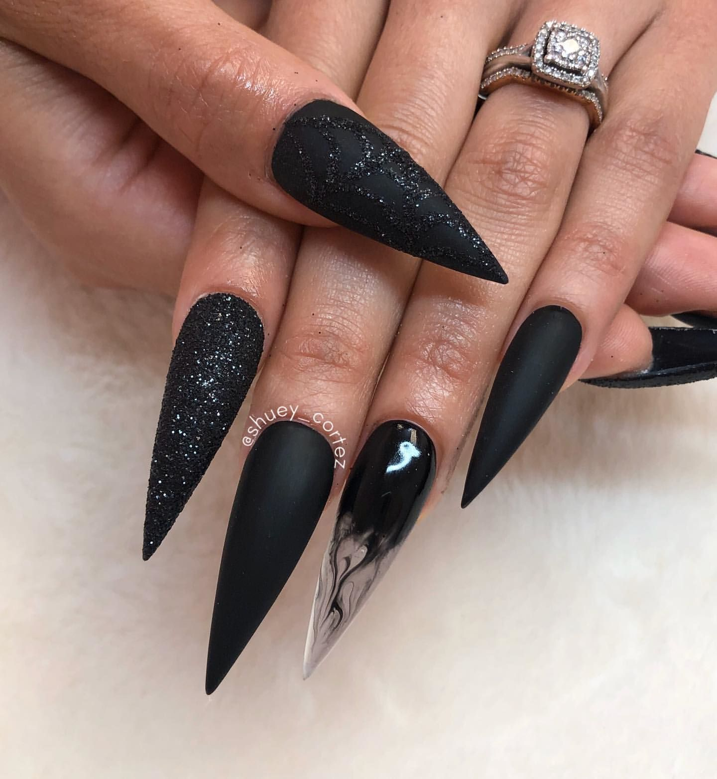 40 The Most Beautiful Long Nails Idea 2019 Halloween Acrylic Nails Halloween Nails Pointed Nails
