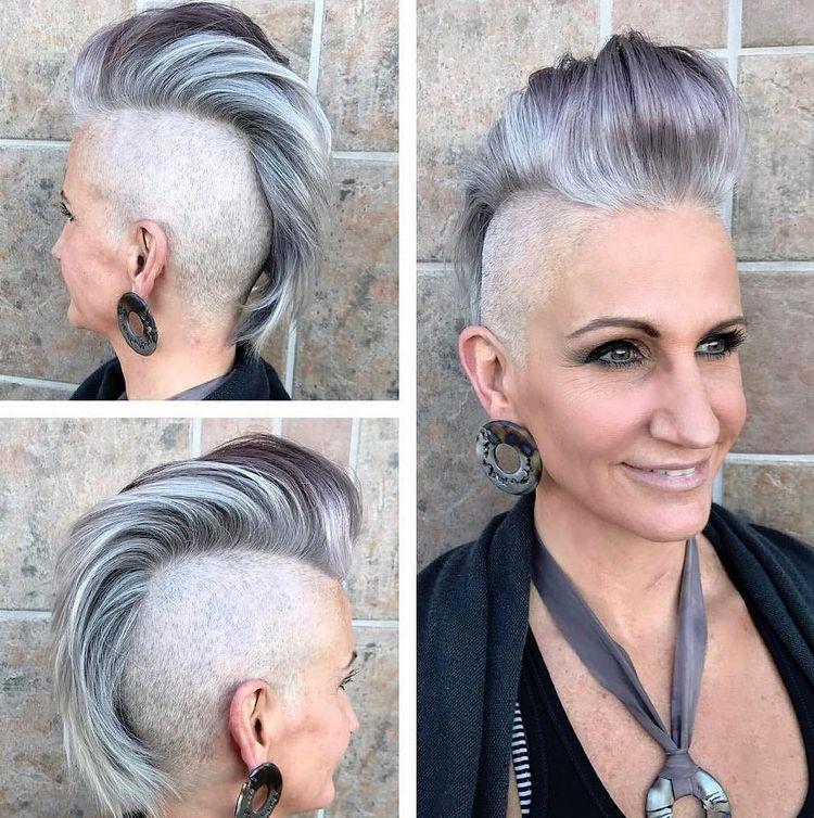 Irokesenschnitt Fur Frauen Graue Haare Modern Trendig Hairstyles Irokesenschnitt Irokese Haarschnitt Kurz
