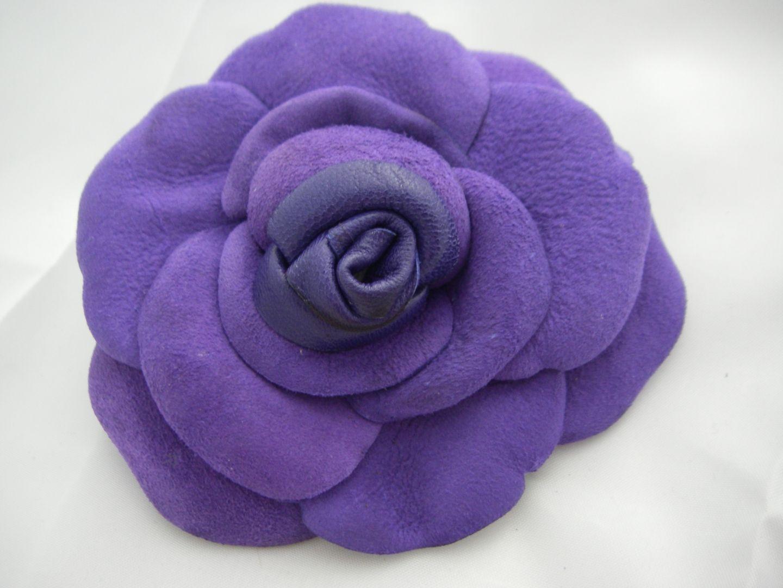 fleur cuir violet   Fleurs par eddco   customisation   Cuir violet ... 8844e06b9b3