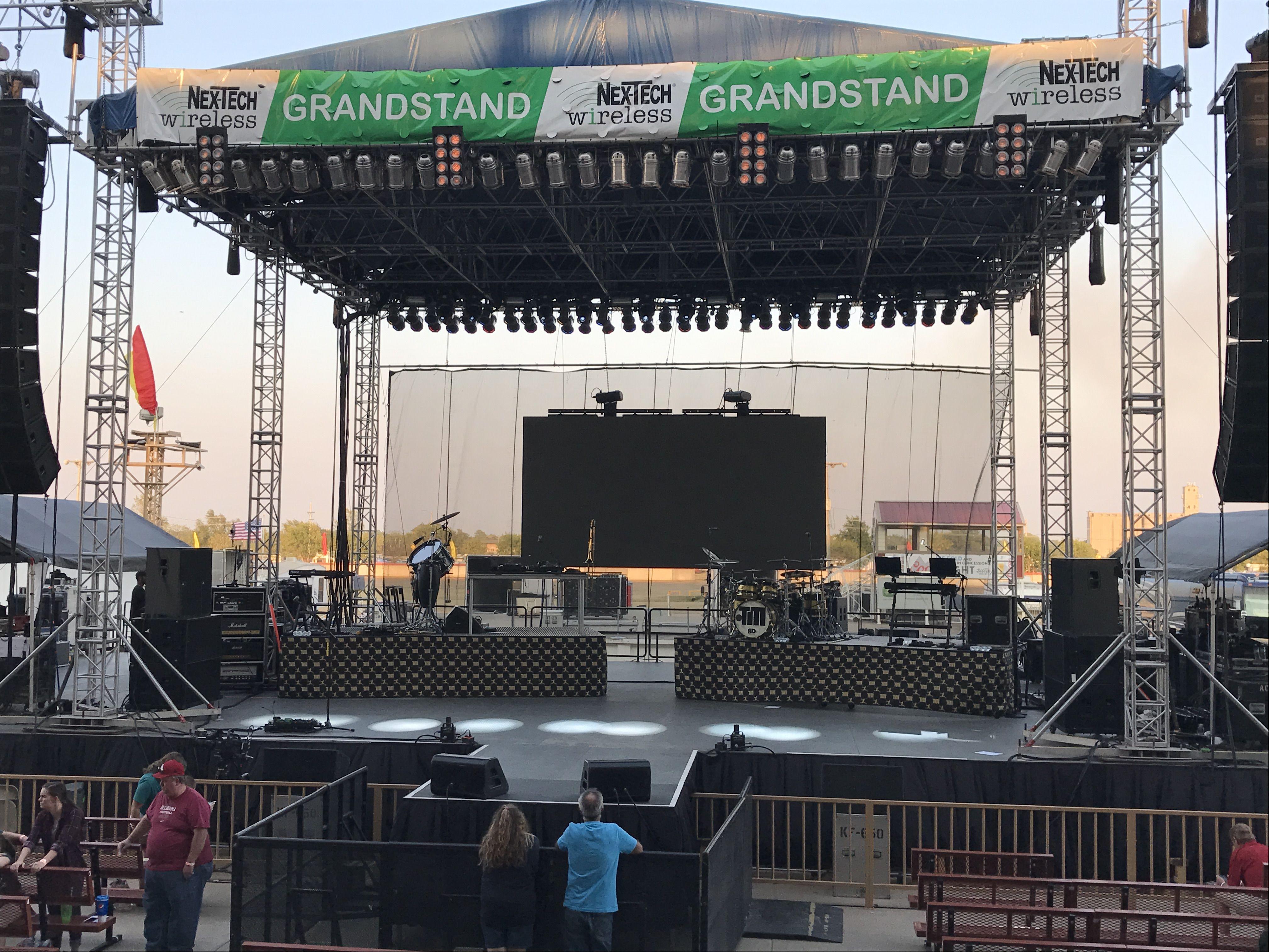 NTW Grandstand Kansas state, Phone plans, Kansas