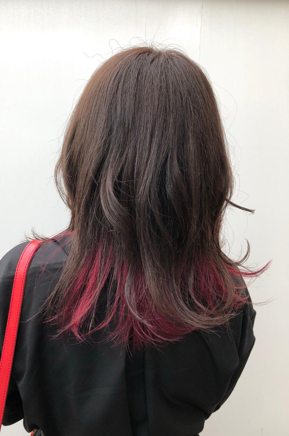 普通 に飽きた人必見 ピンクのメッシュカラーで個性的なかわいいを