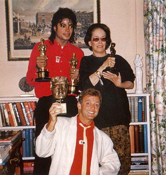 Oona Chaplin, Rolf Knie and Michael Jackson, 17.06.1988, Corsier-sur Vevey, Switzerland