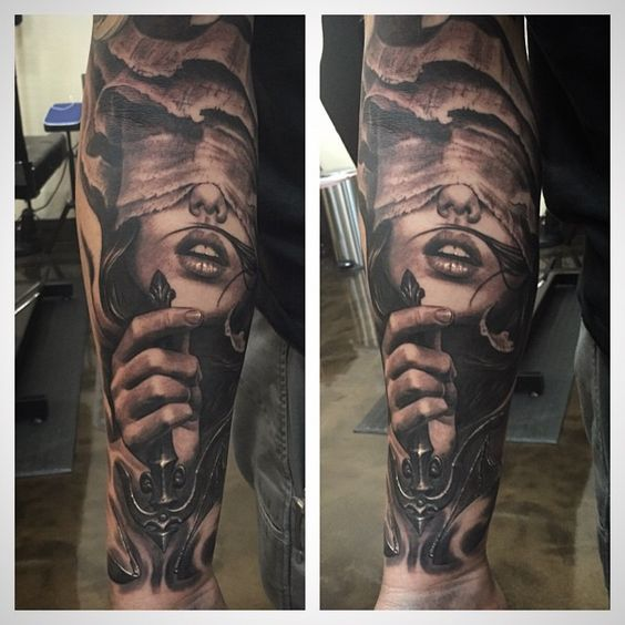"""""""Lady justice, fun piece from yesterday #blackcastleartco @blackcastleartco come by the shop, we have openings next week for all locals here in the valley!…"""""""