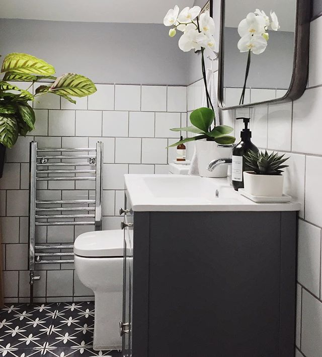 Mr Jones From Laura Ashley The Heritage Collection Is A Classic Geometric Square Tile Presented In Beautifu Gorgeous Bathroom Bathroom Interior Bathroom Design