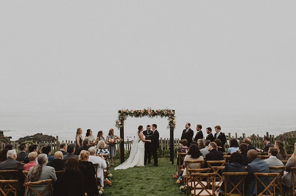 Sea Ranch Ceremony Photo Brandon Wehman Of Wanderlust Photo Venue Sea Ranch Lodge Planning So Eventful Tan Wedding California Wedding Magical Wedding