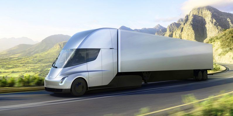 Tesla's electric Semi does 060mph in 5 seconds, and 500