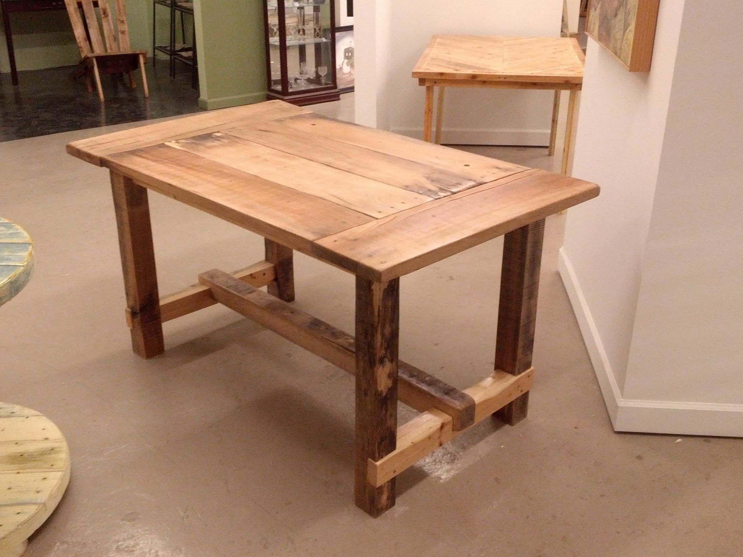 From one pallet this one has a maple top with poplar 4x4 for 4x4 dining table