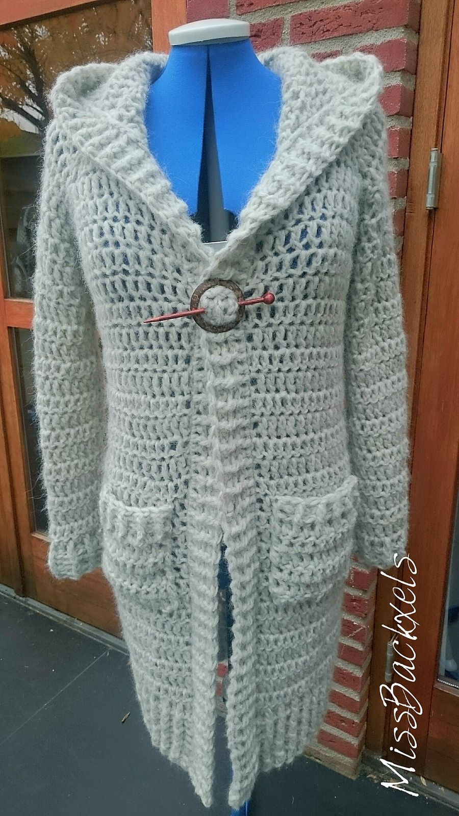 Ravelry: MissBackxels Simple Cardigan by MissBackxels by Lee Backx ...