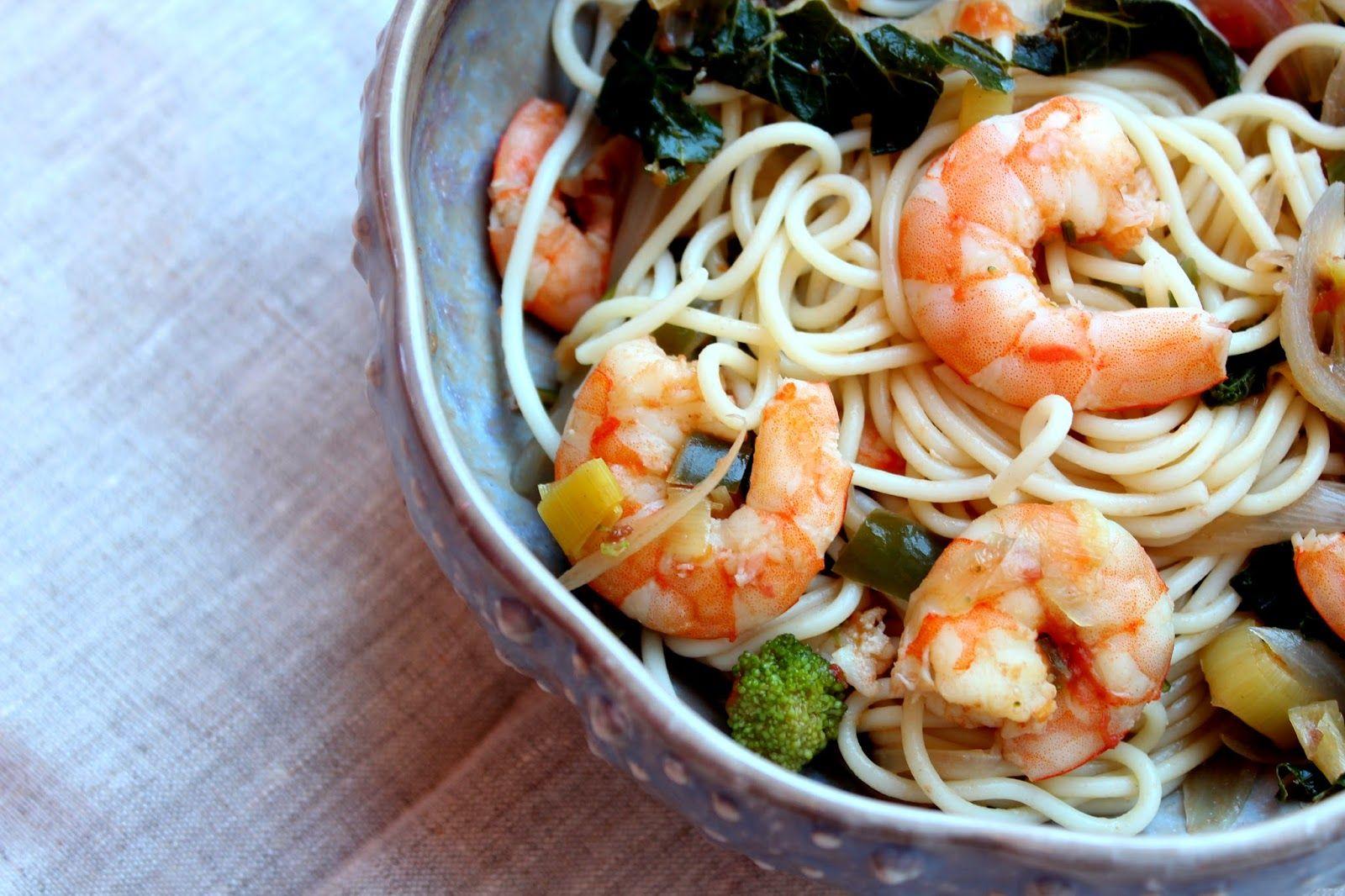De Cozinha em Cozinha passando pela Minha: Esparguete com camarão e vegetais