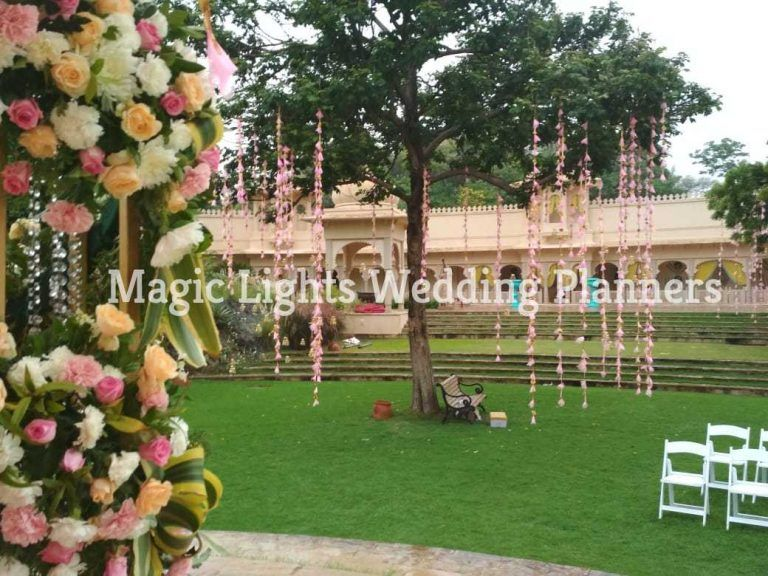 How much does a destination wedding in Udaipur cost