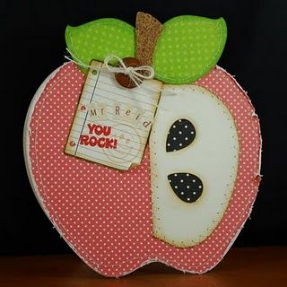 I love this apple shaped card