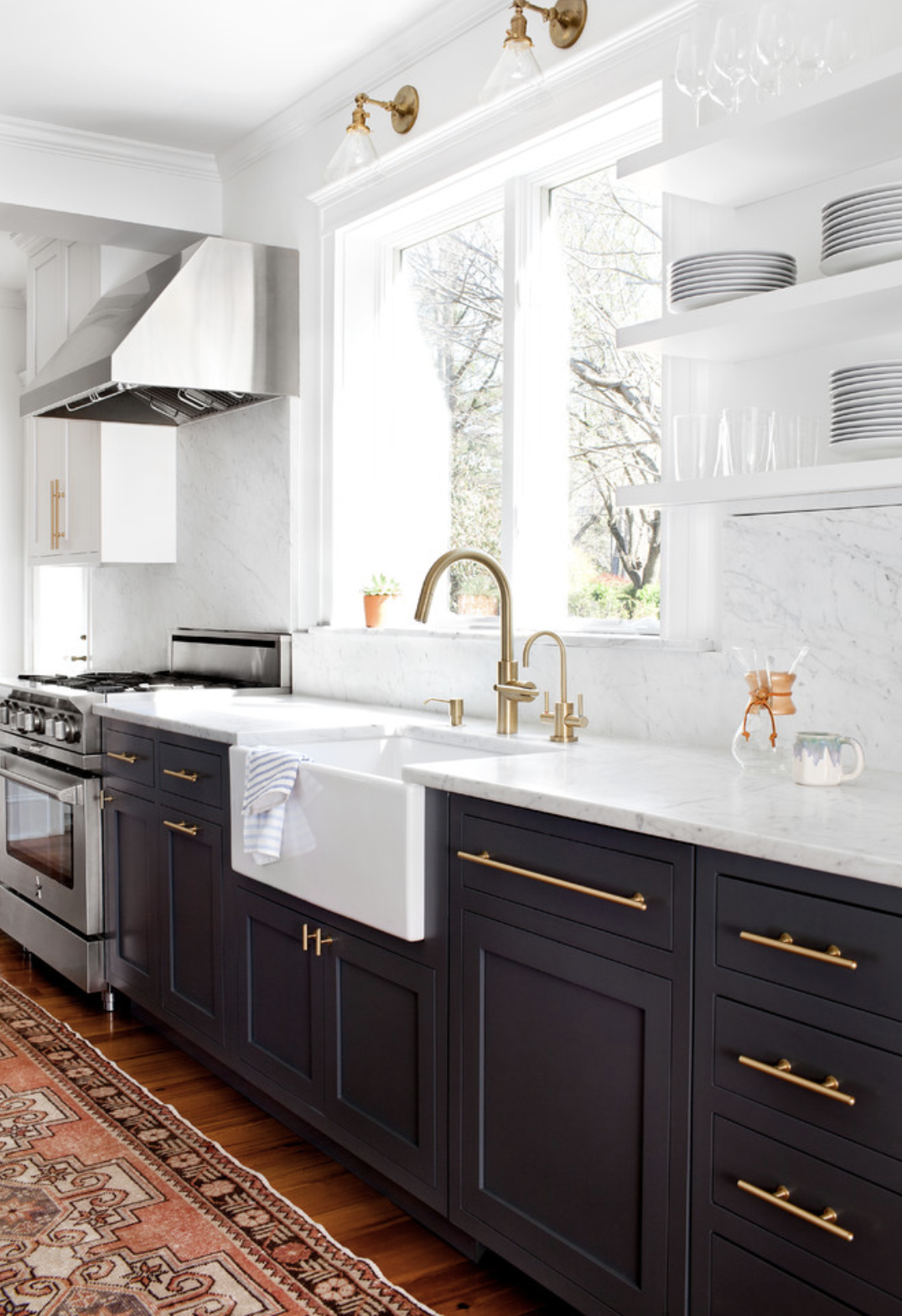 navy color for island only, white perimeter - brushed brass hardware ...