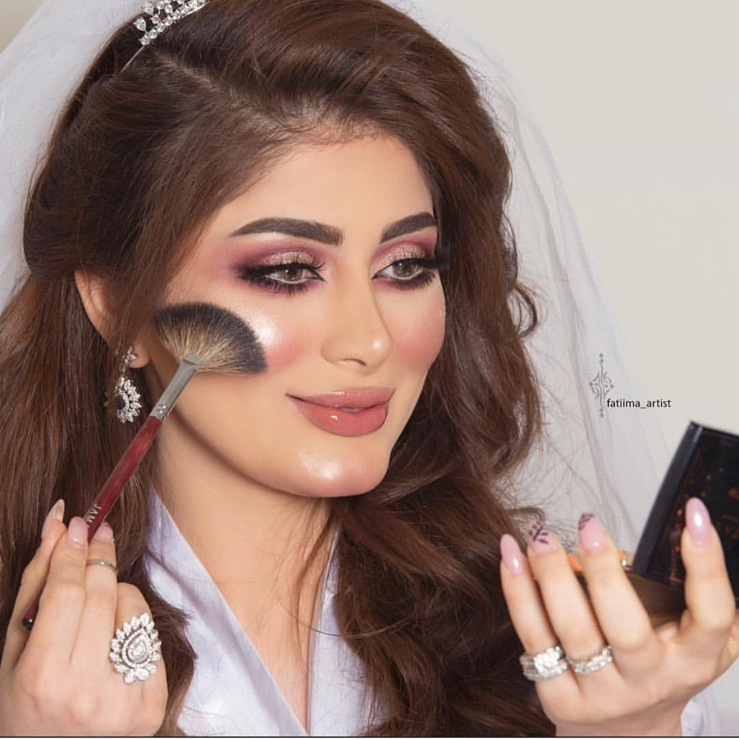 Welcome Back To Instagram Sign In To Check Out What Your Friends Family Interests Have Been Capturing Glowing Makeup Wedding Hair And Makeup Hair Makeup