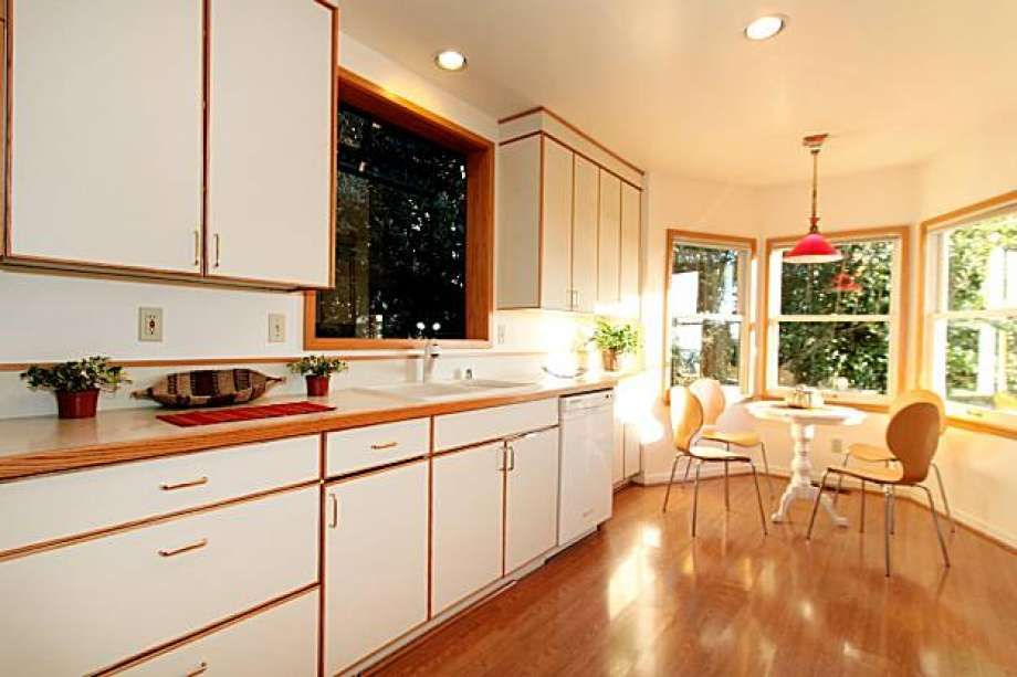 Traditional Two Tone Kitchen Pinterest Kitchens And Beach Cottages