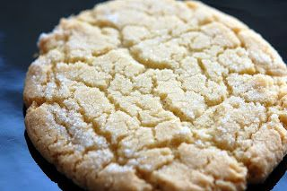 Old Fashioned Jumbo Sugar Cookies #sugarcookies