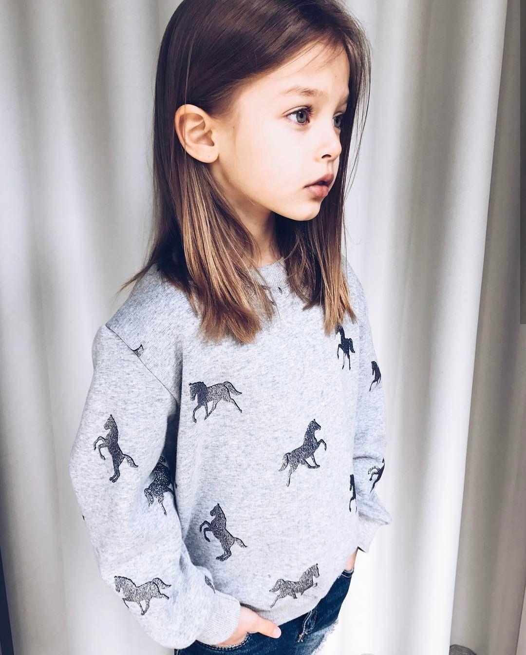 Anna Pavaga. https://www.instagram.com/annapavaga/?hl=es
