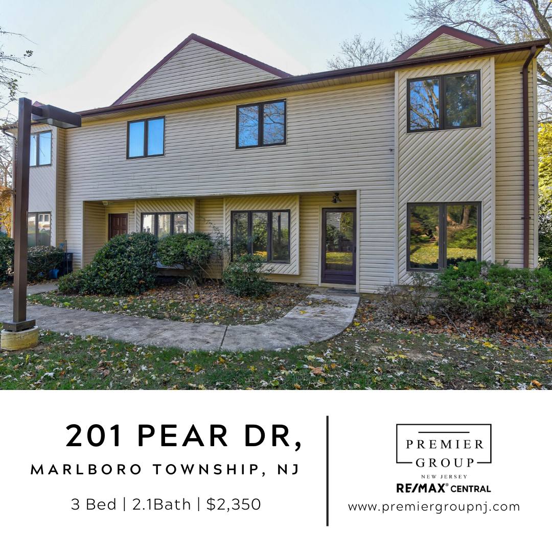 Welcome This 3 Br 2 1 Bath Home In The Desirable Orchard Community In Marlboro Nj This Open And Spacious Floor New Home Buyer Real Estate Terms Real Estate