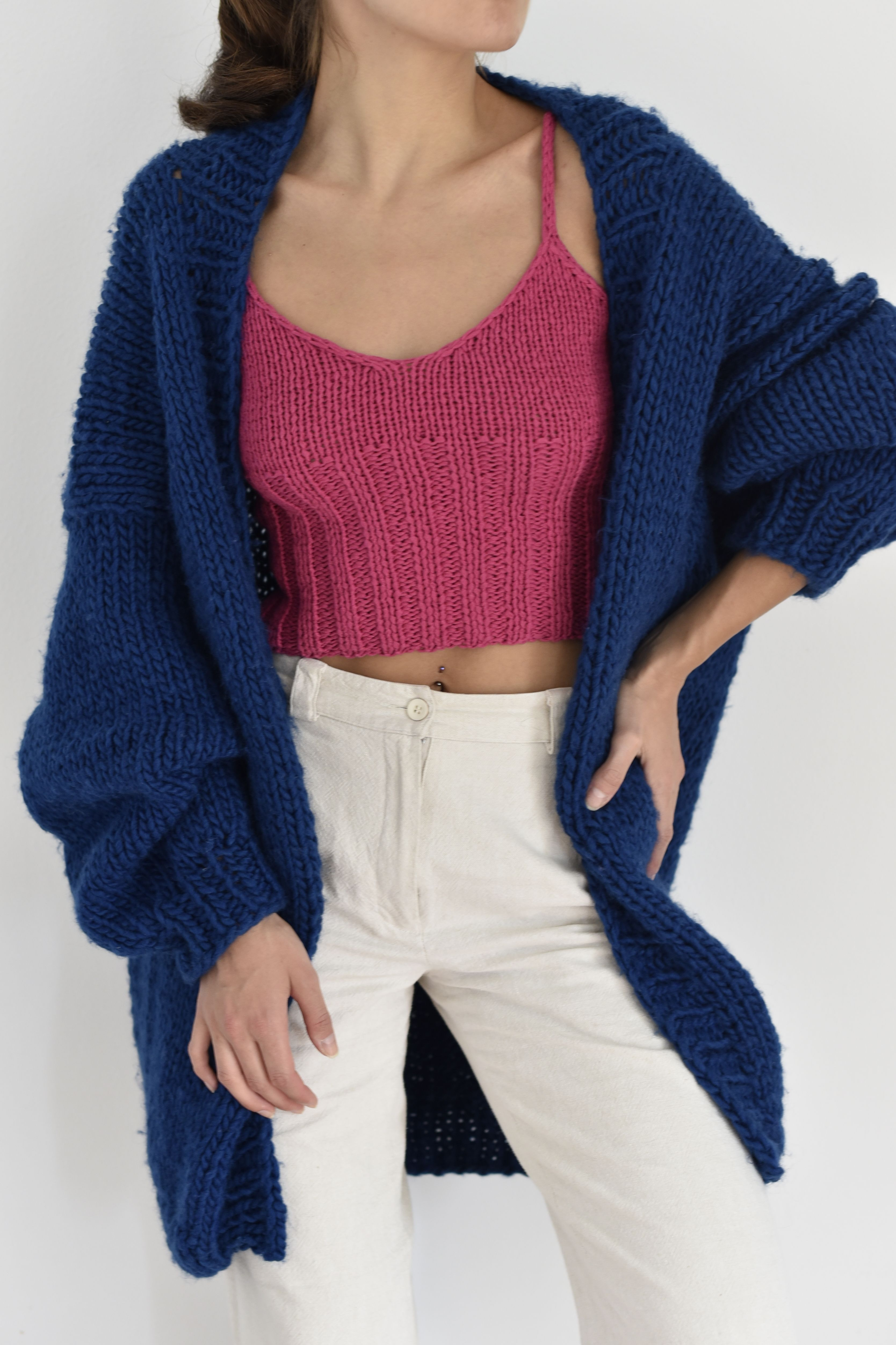 Hand knit oversize woman sweater chunky slouchy cardigan