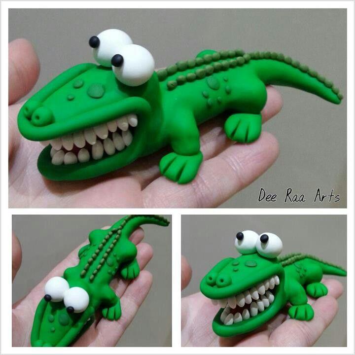 Dee Raa Arts polymer clay fimo sculpey crocodile croc alligator green pond life river stream
