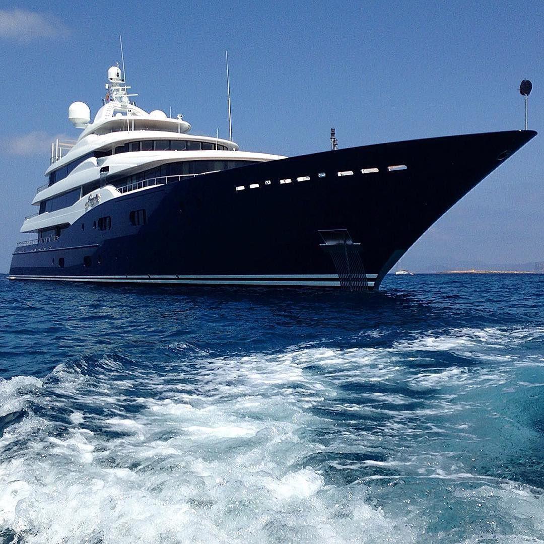 A M A R Y L L I S 257ft 78m Off The Coast Of Formentera Builder Abeking Rasmussen By Carolfeith Mit Bildern