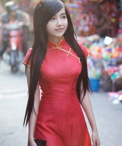 Hot Vietnamese Model Elly Tran Ha Free Talk
