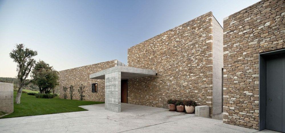 entrance / House Ampudrán / b720 Fermín Vázquez Arquitectos