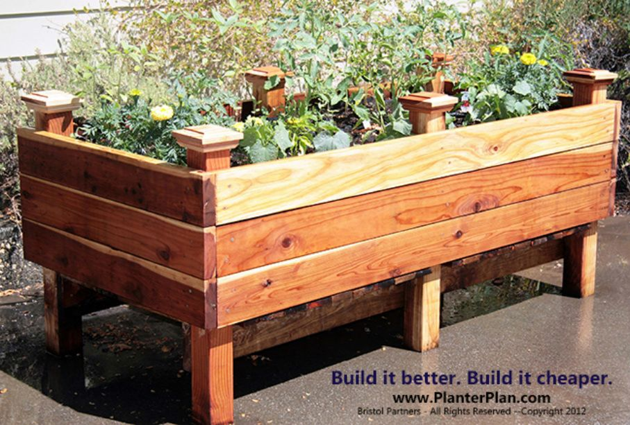 Elevated planter bed good for folks who like to garden for Vegetable garden planter box designs