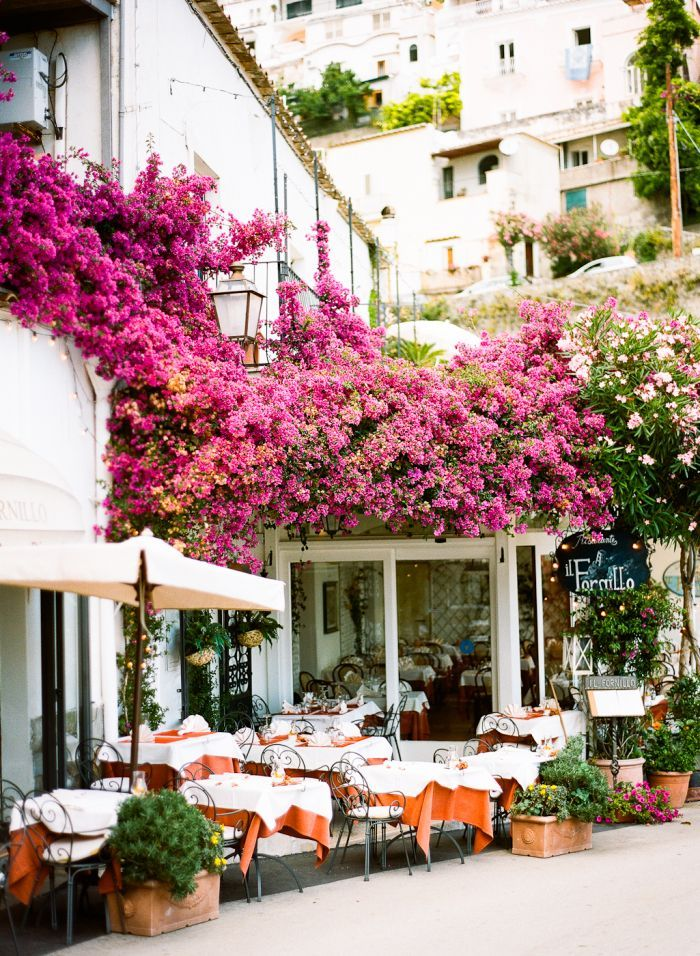 Outdoor Dining in Positano Italy Travel inspiration