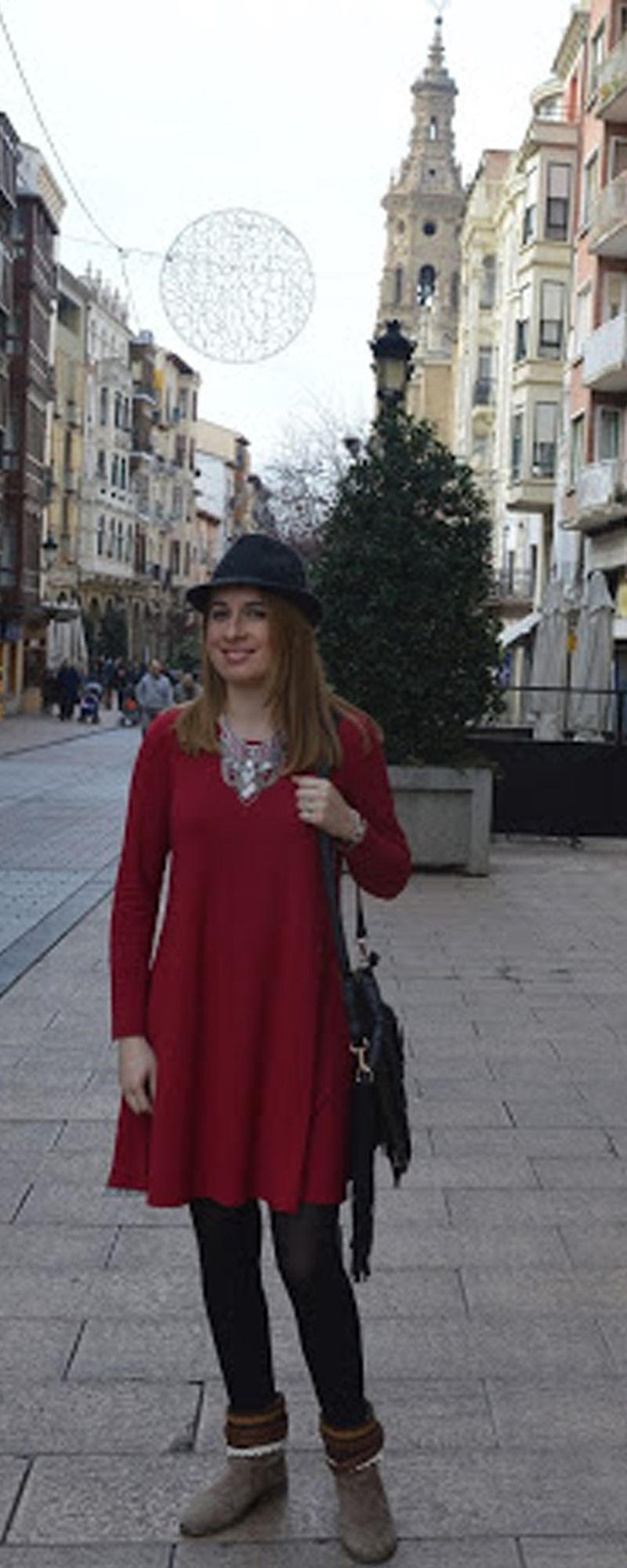 Basic stable dresses for fall & winter for women .Burgundy long sleeve dress. Casual shift jersey bodydoll dress . Love the good color just as picture ,love the casual versatile design and love the soft warm feeling with it !