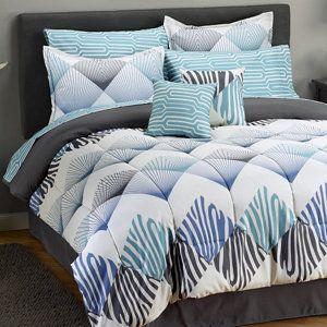 Size Full or Queen. We currently only have ONE comforter set, I'd like to have at least 2 or 3 to make laundry day a bit easier, not having to rush to get it done because it's all we have. haha. - Love these colors!