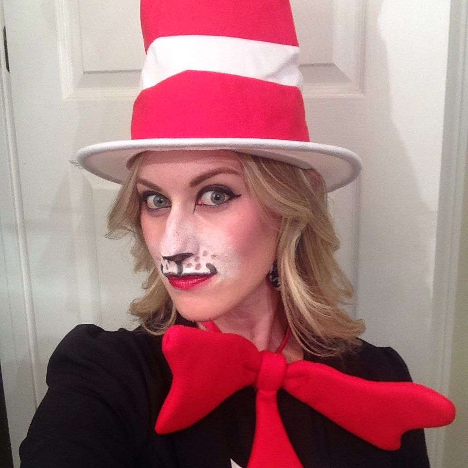 women's cat in the hat make-up with pallet & accessories from party