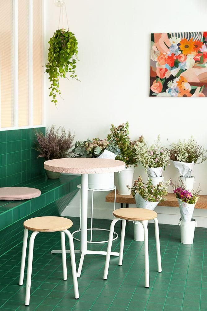 Peonies Paris Le Cafe Fleuriste Places In Paris Pinterest