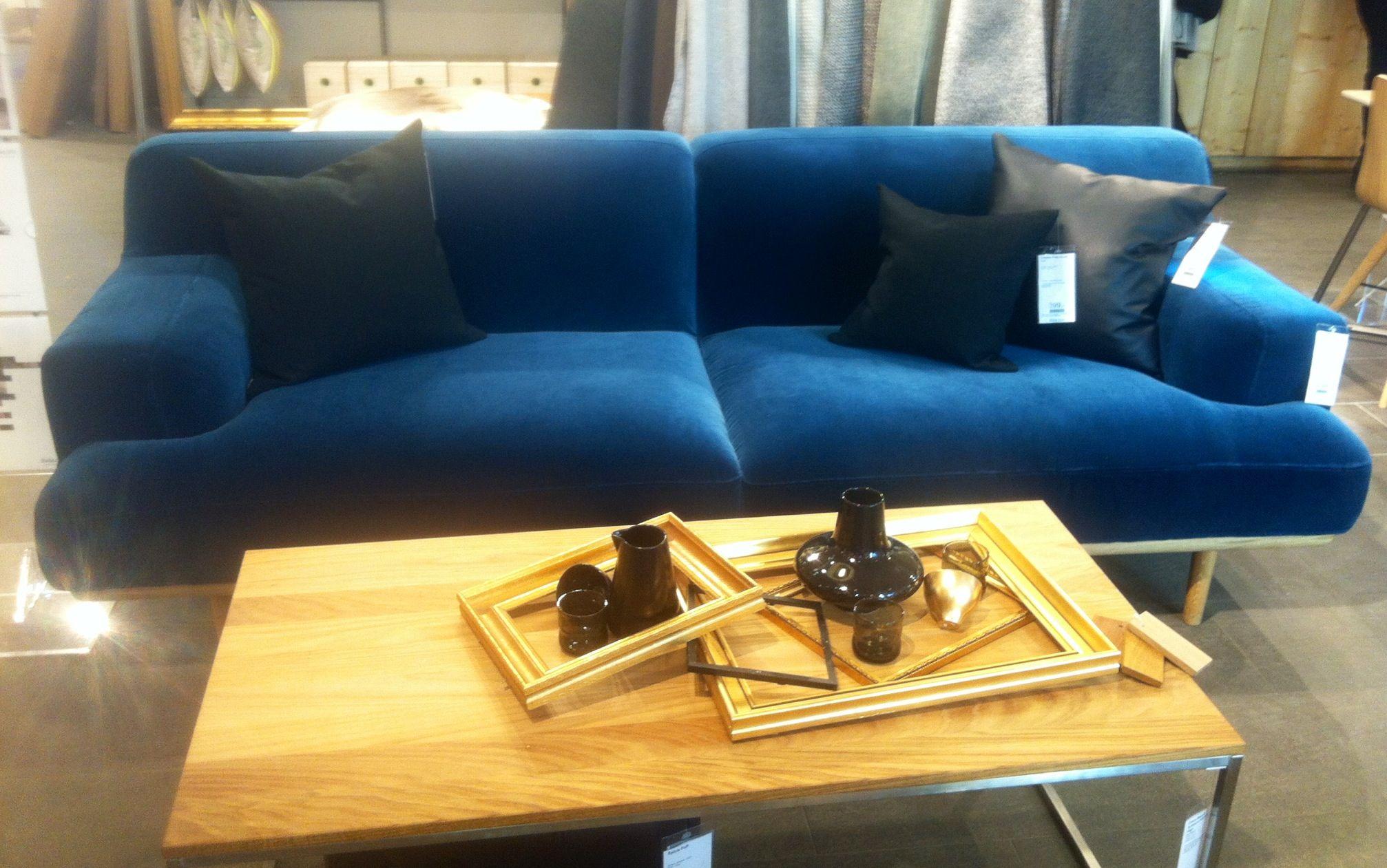 The perfect blue velvet sofa At work bolia