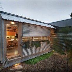 Decoração criativa e redução de custos de reforma utilizando telha galvanizada